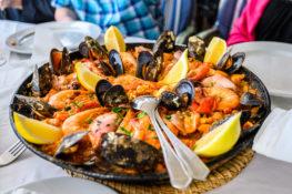 Paella spansk mat drikke restaurant Spania