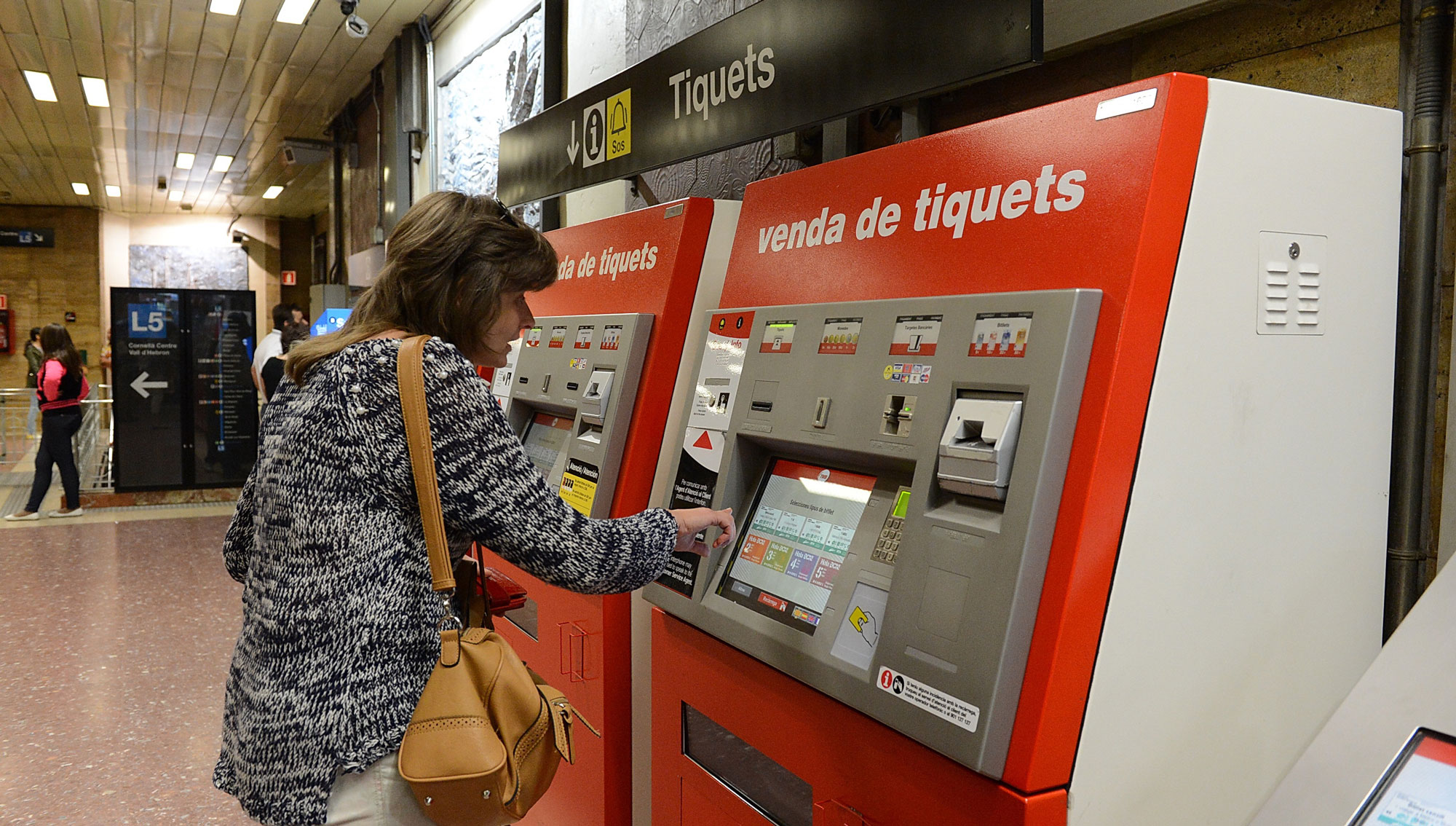 tbane-barcelona-metro-billett-automat