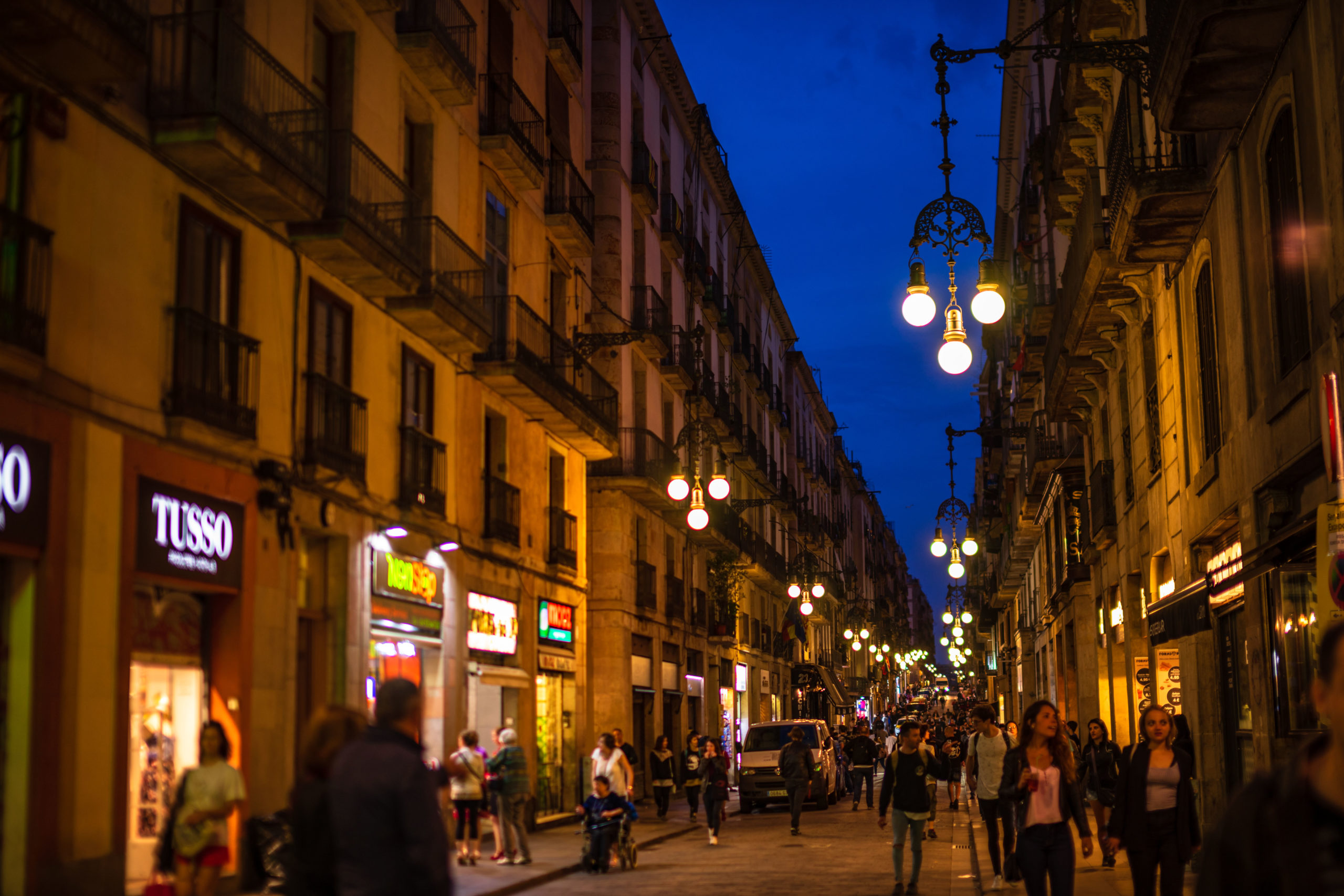 uteliv Spania Ibiza bargate utesteder barer Barcelona