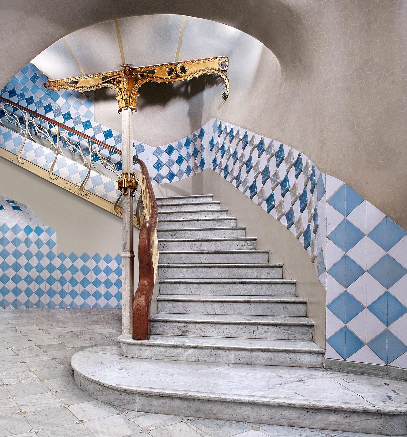 casa-battlo-innendors-trapp-barcelona