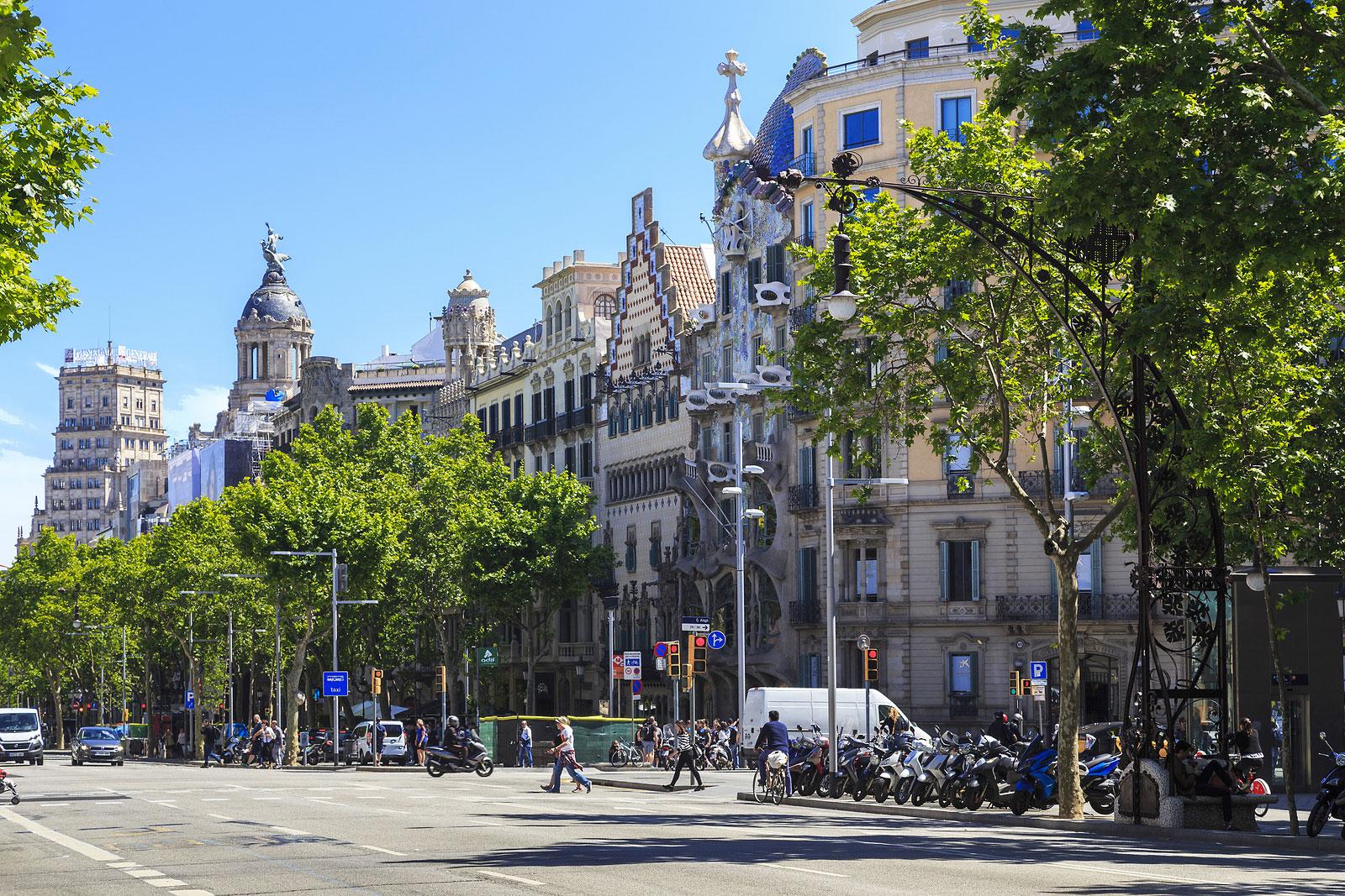 Passeig de Gracia Eixample Barcelona